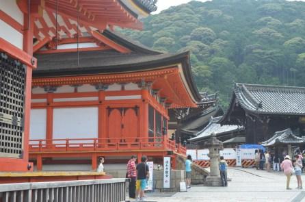 Kiyomizudera path