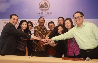 Tim Pemasaran Black Rocks Golf Belitung