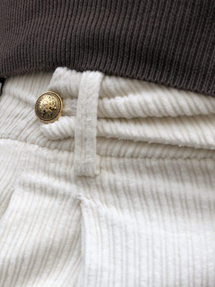 Come abbinare pantaloni e giacche in velluto?