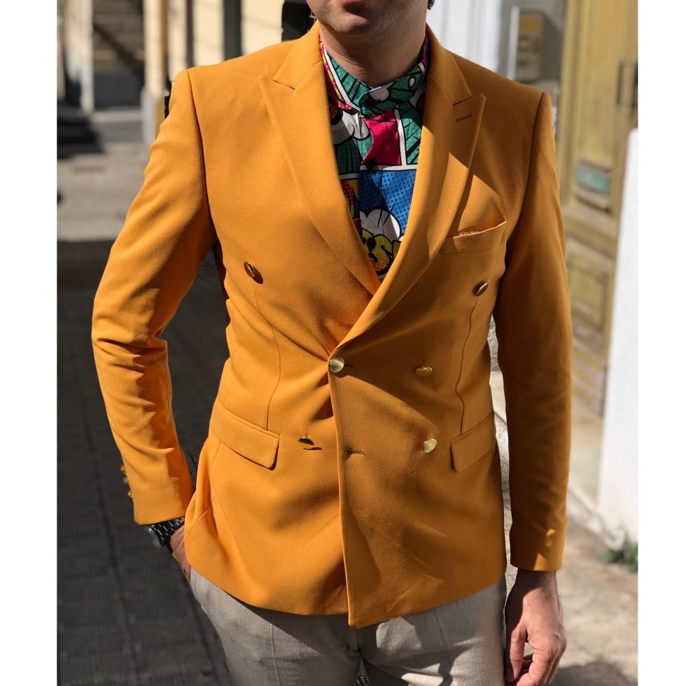 Doppiopetto uomo - Modello classico rivivsitato in un colore molto acceso - Collezione gogolfun.it