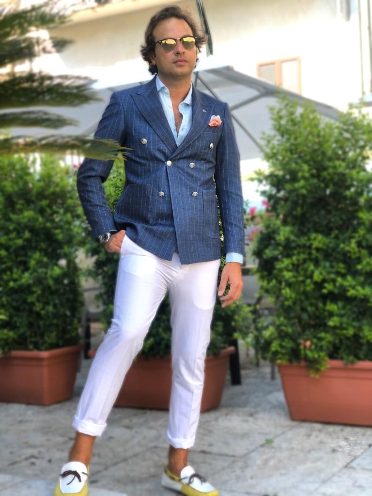 Giacca doppiopetto e camicia collo italiano