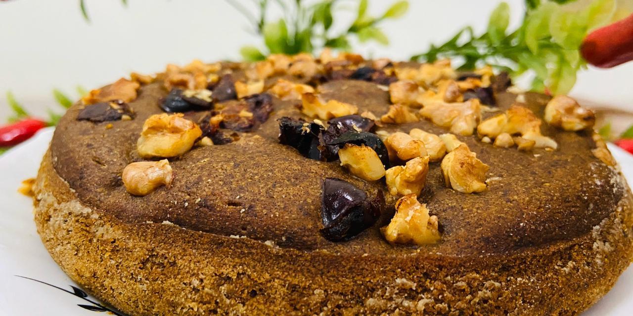 Dates Walnut Cake
