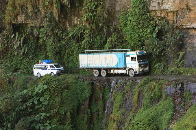 5 Deadliest roads in the world