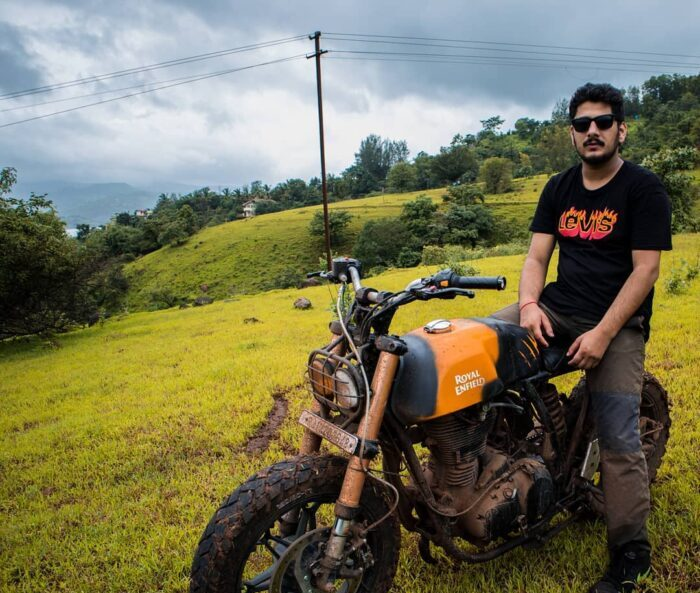 REVHEAD – A Moto Vlogger from the Himalayas
