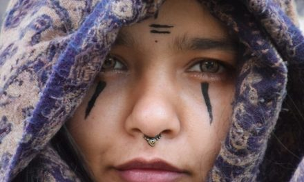 ASHENA ASGHAR – a hippie artist in the forests