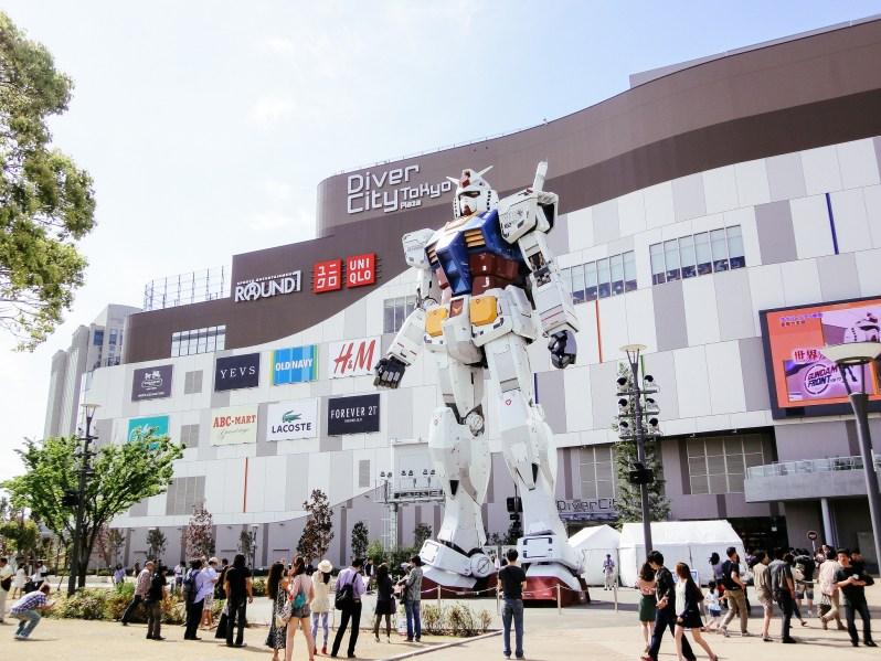 La vecchia statua di Gundam a Odaiba