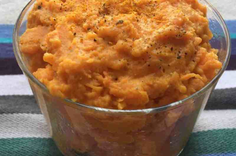 Mashed sweet potatoes with coconut milk