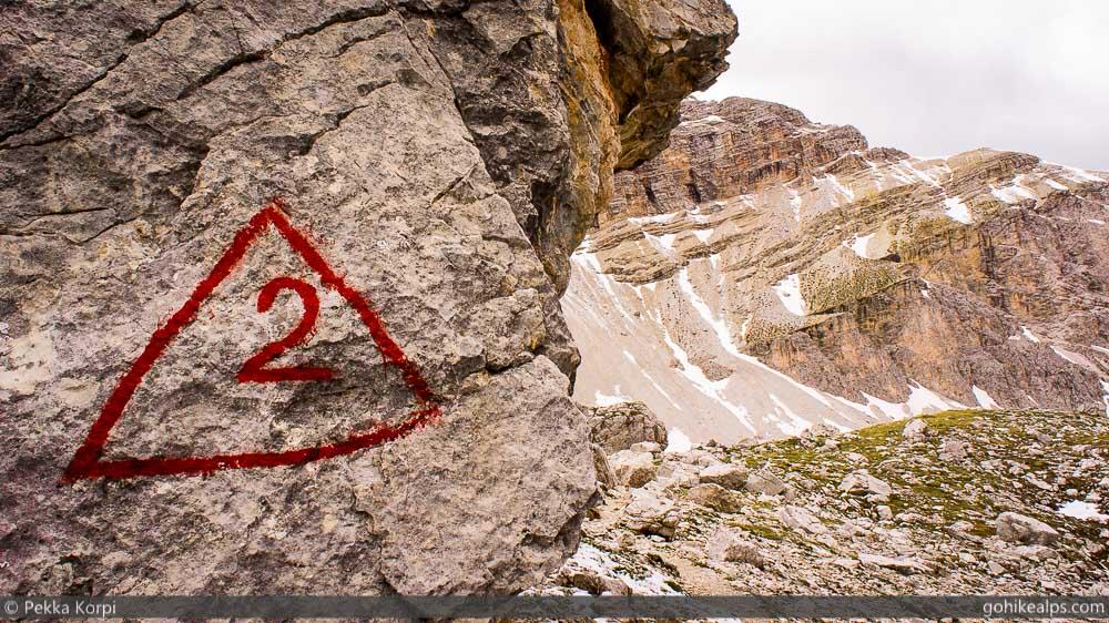 Walking Dolomites Alta Via 2