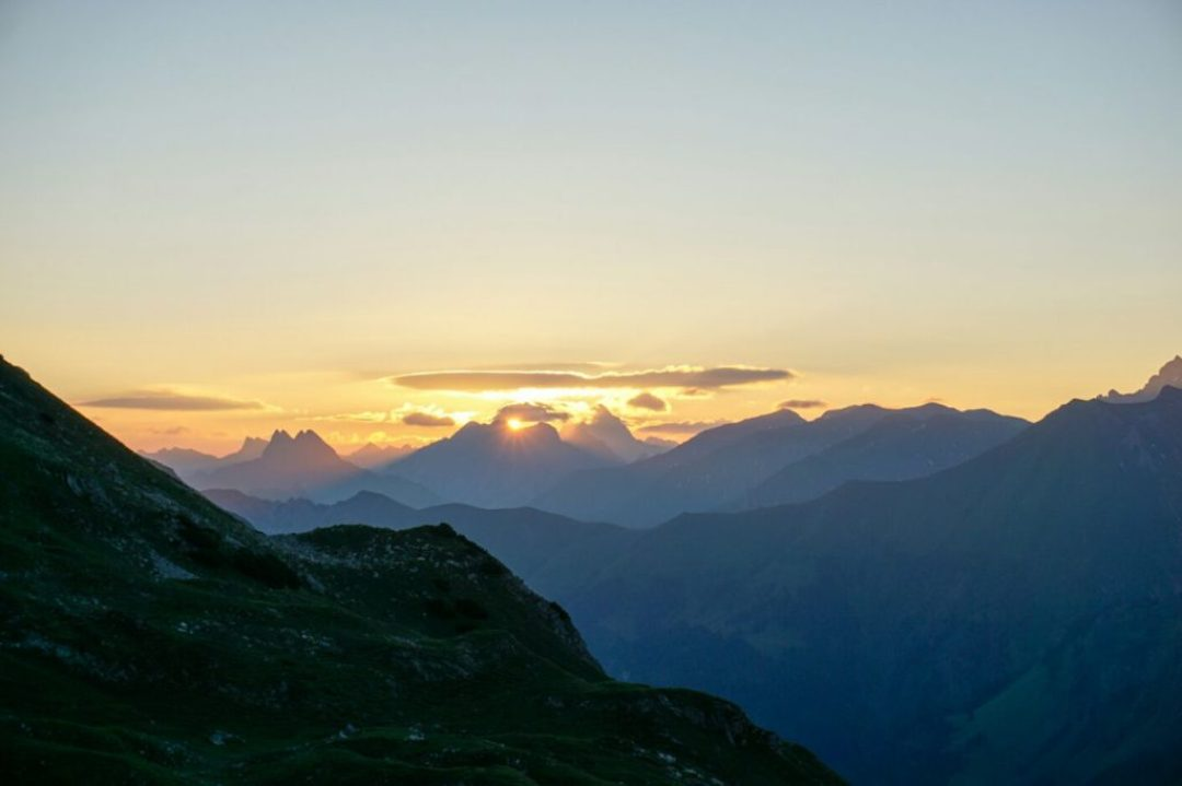 Sunrise at Mindelheimer Hütte