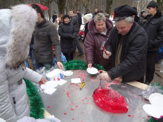 Hard candy made, cracked and given away for free, Archangelskoye