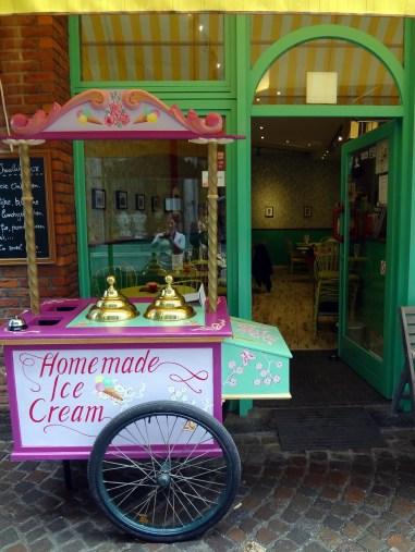 Ice cream cafe in Antwerp