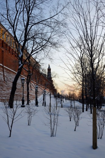 19 Winter sunset in Moscow