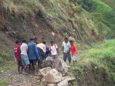 TSHHS Students Help - Goilala Highway (14)