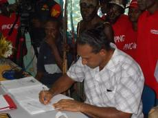 Bruce Mamando (4)
