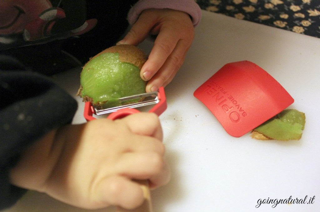 opinel le petit chef bambini in cucina