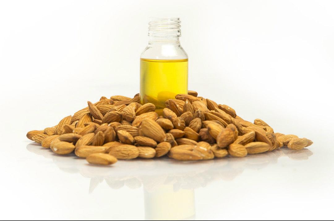 lubrificante naturale olio di mandorla