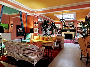 The lobby of Colony Hotel, Delray Beach, Florida is a luscious confection that has you singing Cole Porter songs © 2015 Karen Rubin/news-photos-features.com