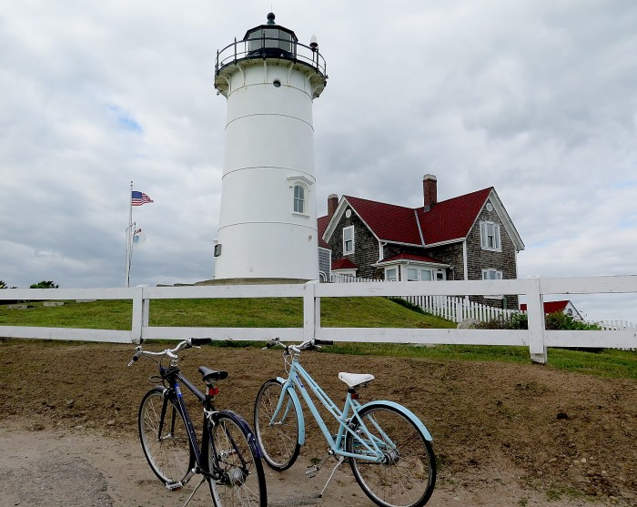 Biking to the Nobska Lighthouse on Cape Cod © 2016 Karen Rubin/news-photos-features.com