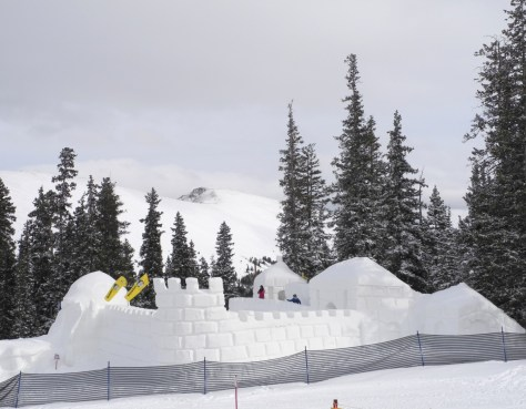 The world's largest snowfort is a hallmark of Keystone's Kidtopia festival © 2016 Karen Rubin/goingplacesfarandnear.com