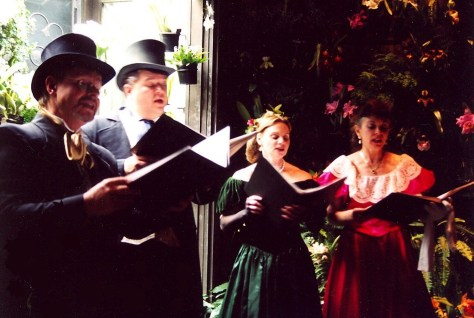 Christmas carolers at Longwood Gardens, in the Brandywine Region © 2016 Karen Rubin/goingplacesfarandnear.com