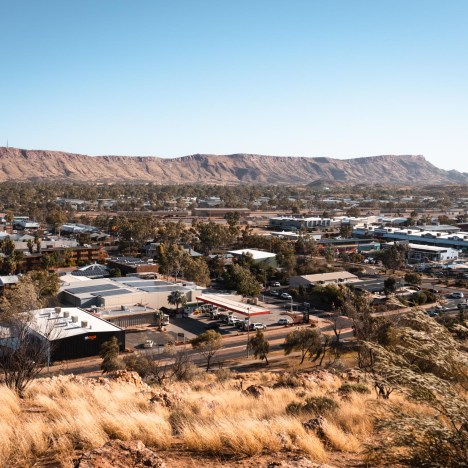 A Guide to Exploring the East MacDonnell Ranges