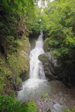 Umenoki-Todoro waterfall