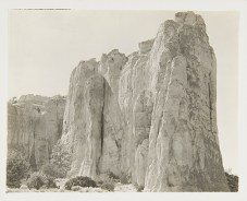 Cliffs, New Mexico, undated Unidentified photographer Black and white photograph 4 x 5 in. 2014.03.264