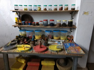 Natural Paint preparation table