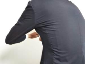 スーツのストレッチ性1