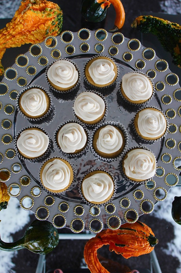 pumpkin-cupcake-with-cream-cheese-frosting-recipe-7