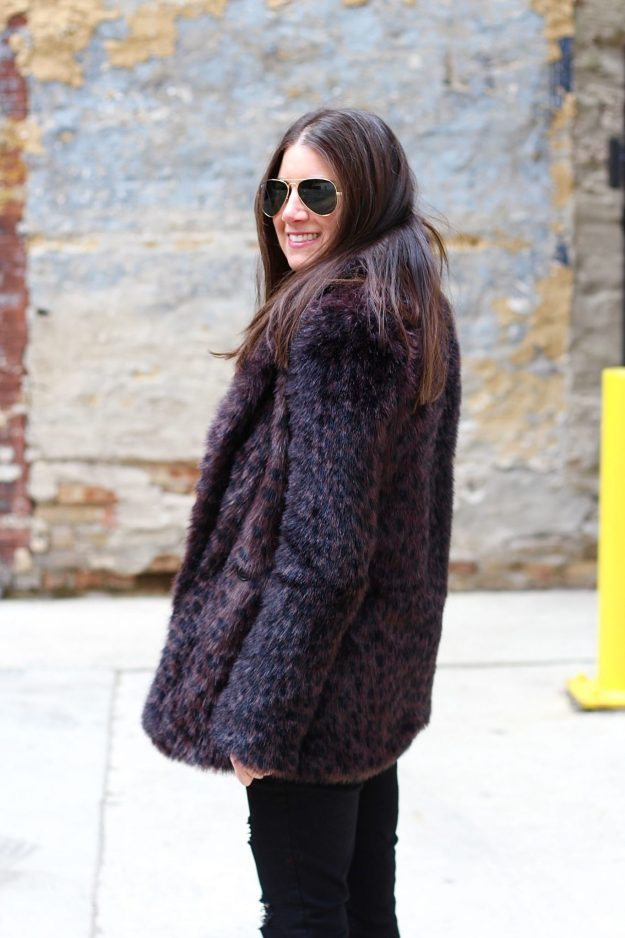 4604ce697183 WHY EVERYONE NEEDS A FAUX FUR JACKET - GOLD COAST GIRL