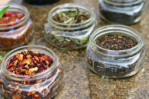 Чай ароматизированный и с добавками
