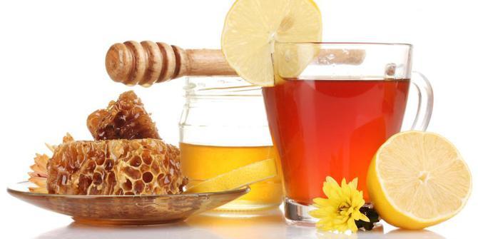 Рецепты с использованием чая. Русский медовый чайный напиток.