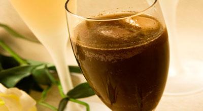 Рецепты с использованием чая. Чай с шампанским по-русски.