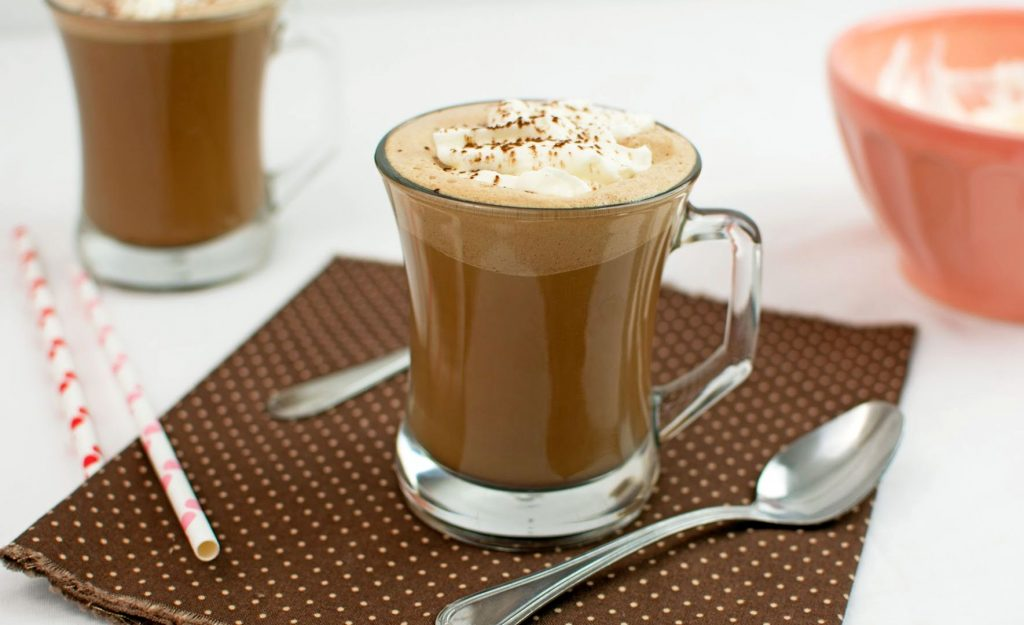 Приготовление кофе. Коктейли с добавлением кофе. Кофе-пунш с бренди.