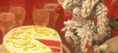Десерты к кофе. Торт многослойный клубничный.
