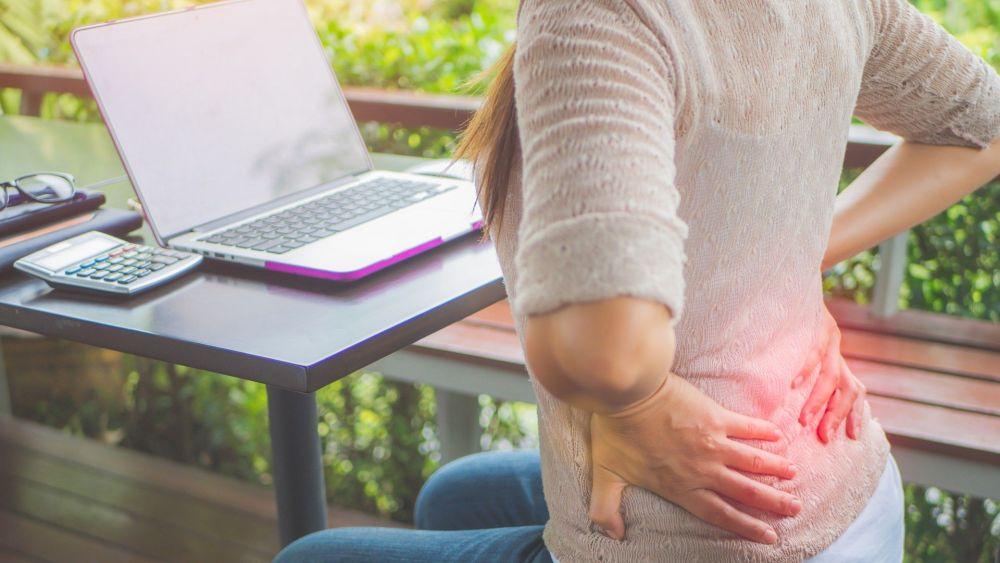 mujer-con-dolor-de-espalda_0.jpg
