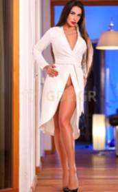 RUSSIAN ATHENS ESCORT GIRL JULIA