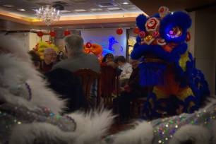 jing wo lion dance calgary 2015 chinese new year central grand restaurant