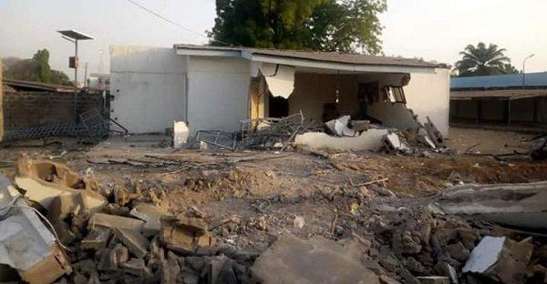 Drama As Kwara Demolishes Structures On 'Saraki's Land'