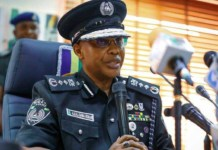 IGP Usman Alkali Baba , Disgraced By Angry Residents In Lagos (Video)