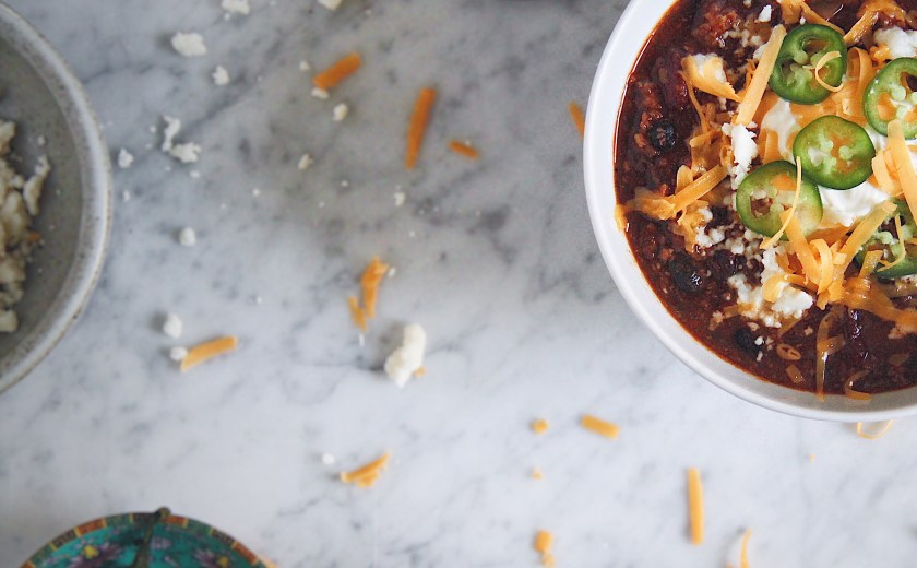 chili, chipotle, smoky, spicy, chilli, chile, beef, pork, veggie, cold weather, recipe