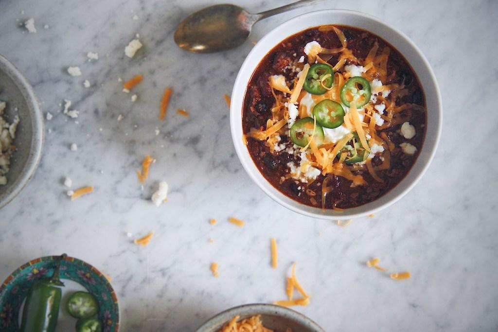 chili, chipotle, smoky, spicy, chilli, chile, beef, pork, veggie, cold weather, recipe