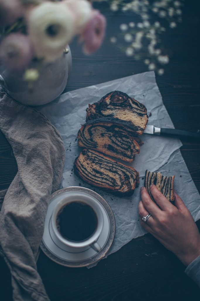 babka, chocolate babka, mexican chocolate, spiced chocolate, yeast bread, jewish bakery, seinfeld,