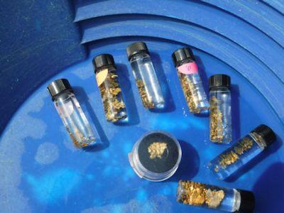 gold In bottles