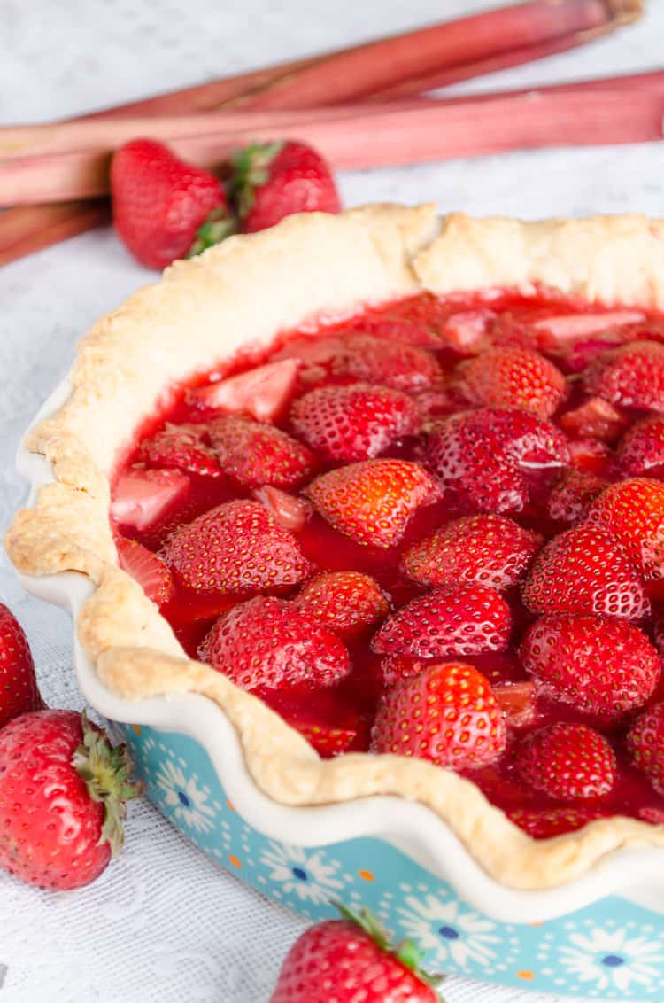 Easy Strawberry Rhubarb Pie