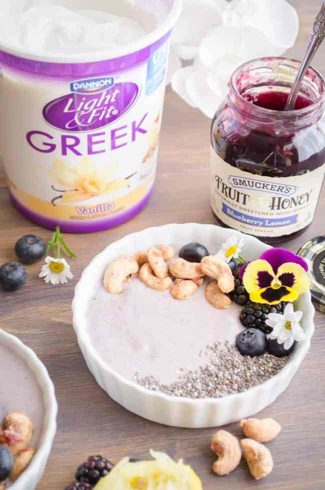 Blueberry Lemon Smoothie Bowl with Candied Cashews - The Goldilocks Kitchen