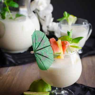 Crowd Pleasing Coconut Lime Mocktail