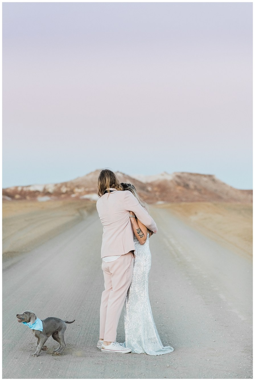 2018 08 05 0068 - Issy + Zac, Coober Pedy Elopement