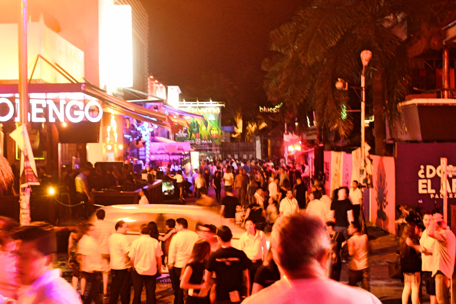 End of 12th Av. The main strip in Playa.